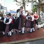 d`Volkstanzgruppe beim Perlesreuter Drescherfest, Bild 4142