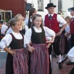d`Volkstanzgruppe beim Perlesreuter Drescherfest, Bild 4151