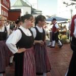 d`Volkstanzgruppe beim Perlesreuter Drescherfest, Bild 4140