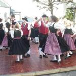 d`Volkstanzgruppe beim Perlesreuter Drescherfest, Bild 4148