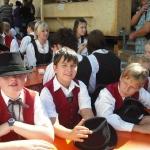 d`Volkstanzgruppe beim Perlesreuter Drescherfest, Bild 4156