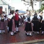 d`Volkstanzgruppe beim Perlesreuter Drescherfest, Bild 4145